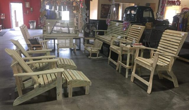 Jackson's Outdoor Furniture – C4