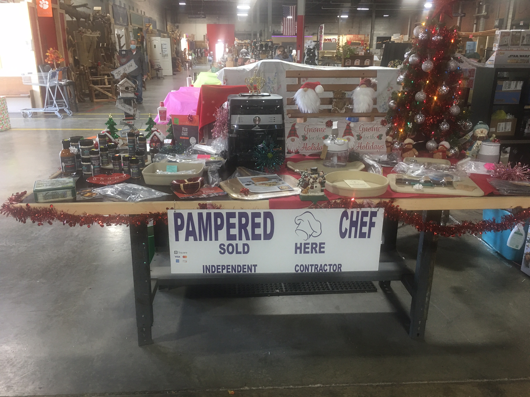 Pampered Chef – Table T40
